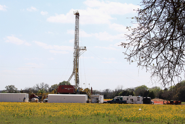 Texas oil and gas statistics – March/April 2015