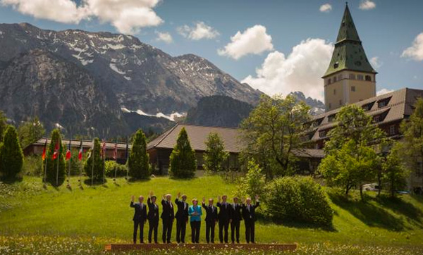G7 leaders call for ending fossil fuel use by end of century