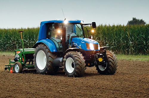 Methane fuelled tractor prototype tested by Italian farmers