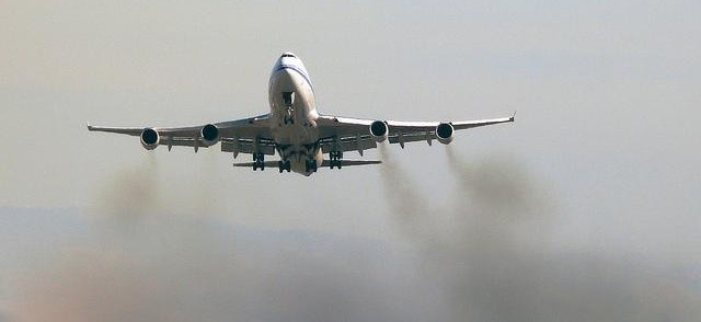 Airliner pollution