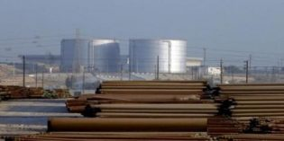 Saudi Arabia crude sales to Asia up, pressuring rivals