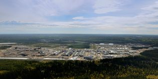 Canadian oil sands producers mull new investments