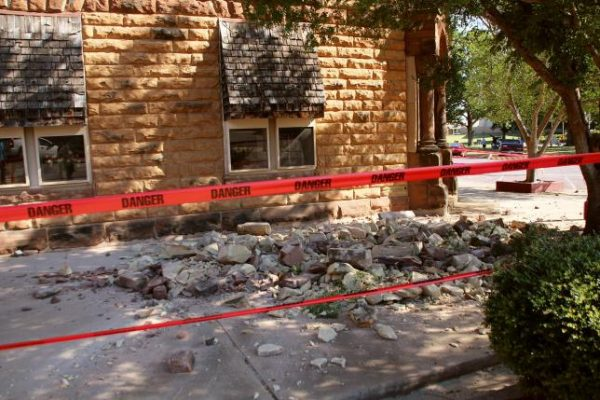 Oklahoma regulator issues new directive to curb quakes