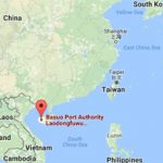 Oil tanker explodes at southern China port