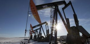 Most Alberta energy firms to further cut costs: Survey