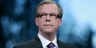 Poaching Calgary oil head offices makes Brad Wall look sleazy