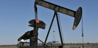 Oil prices fall on fears of higher US drilling rates after Paris Accord withdrawal