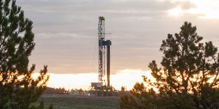 US rig count down for first week since January: Baker Hughes