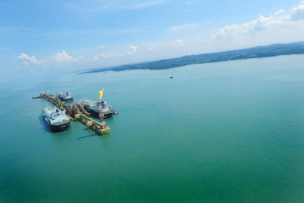 Nexen and partners pull feasibility study on B.C. LNG project