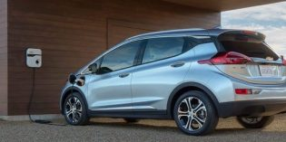 Fleet of GM EVs to be released in 2021, challenging Tesla, Ford