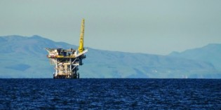 US agrees to environmental review of offshore fracking