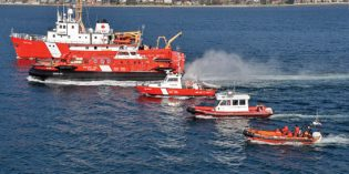 Ottawa upgrading spill response equipment for Canadian coasts